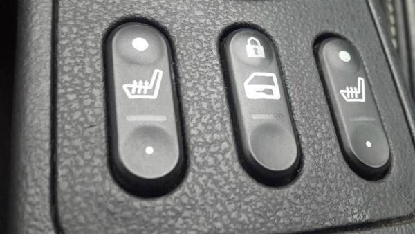 Кнопка запирания дверей Кашкая