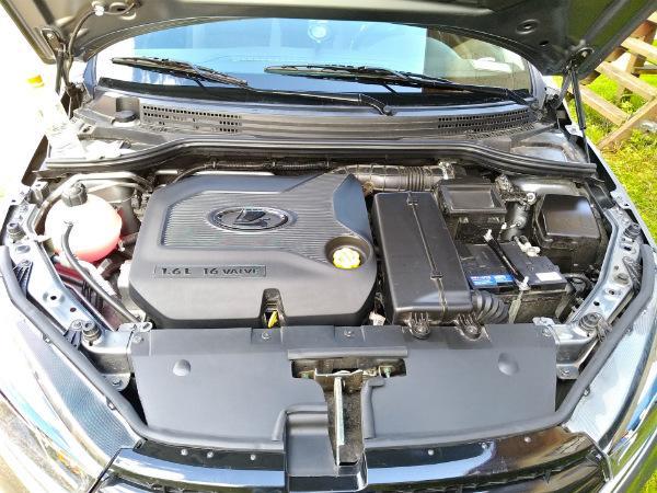 Lada Vesta под капотом