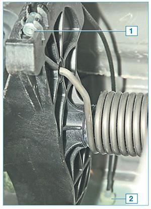 Замена троса сцепления Альмера G15