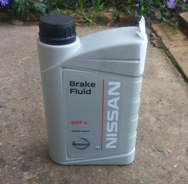 Оригинальная тормозная жидкость Nissan DOT 4