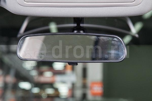 Самозатемняющееся зеркало заднего вида X-TrailT32 SE