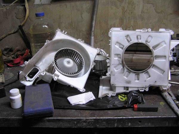 замена мотора печки X-Trail t30