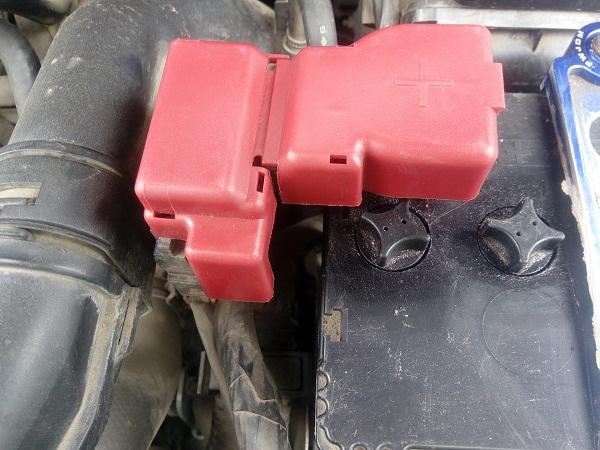 Замена аккумуляторной батареи NissanX-Trail