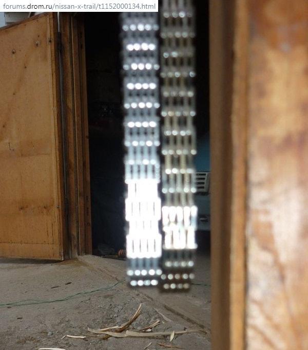 Демонтаж боковой крышки цепи QR20DE