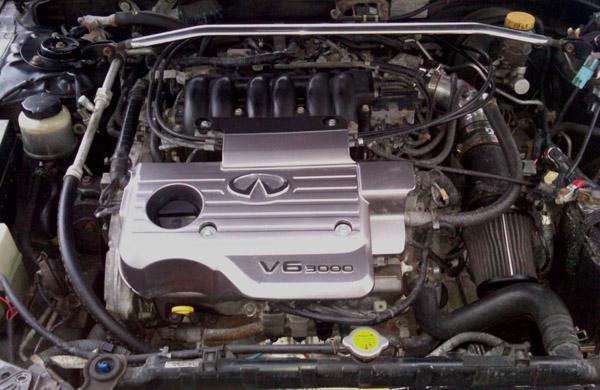 Двигатель VQ30DE-K под капотом Nissan Maxima 2001 года