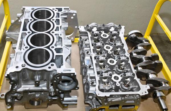 Блок цилиндров, ГБЦ и коленвал двигателя H4M
