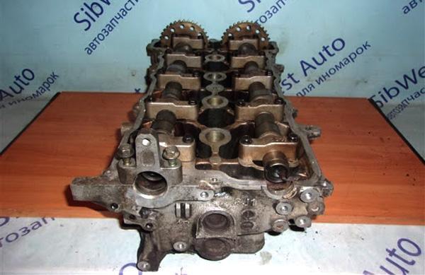 ГБЦ двигателя SR18DE с 2 распредвалами