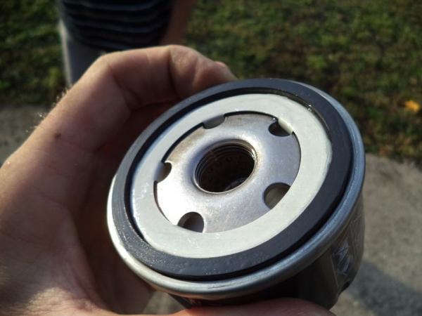 Меняем масло в моторе Nissan Terrano