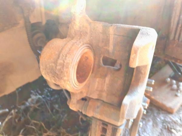 Демонтируем тормозной механизм Ceed 2