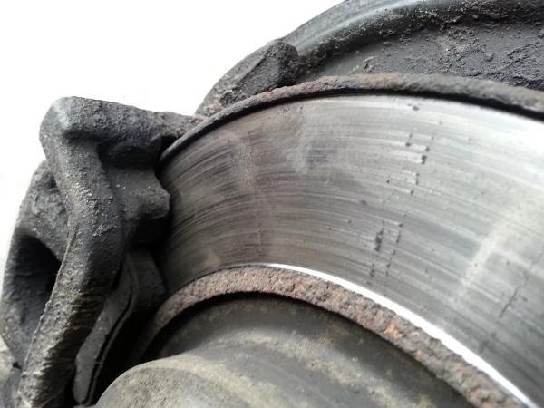 Когда необходимо заменить тормозные диски на Kia Sorento 2