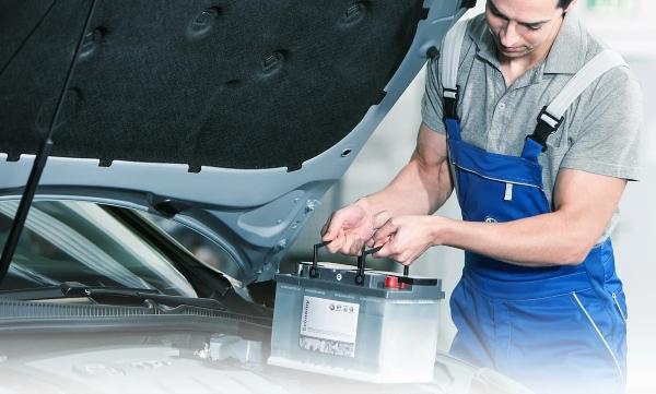 Замена аккумуляторной батареи на Kia Sorento