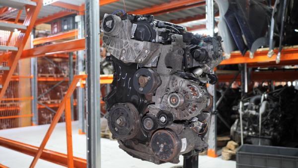 Двигатель Renault M9R