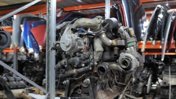 двигатель F9Q Renault