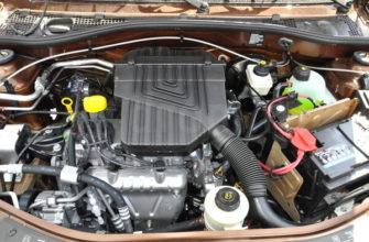 Двигатель К7М в подкапотном пространстве